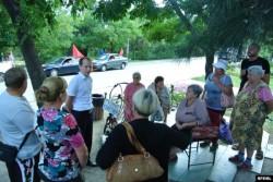 Сергей Мельник на встрече с избирателями в Коктебеле